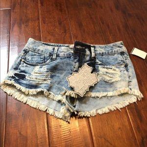 NWT Ripped Shorts by Hot Kiss Sz 5